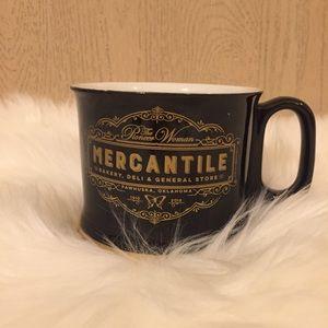 The Pioneer Woman Mercantile Mug   EUC
